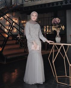 Discover recipes, home ideas, style inspiration and other ideas to try. Dress Brokat Muslim, Dress Pesta, Kebaya Muslim, Muslim Dress, Kebaya Modern Hijab, Kebaya Hijab, Hijab Gown, Hijab Dress Party, Dress Brukat