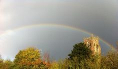 A few mins of torrential rain over the @skyviewweather offices but rewarded with a lovely rainbow.