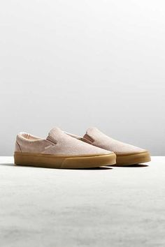 588e1b5527ff Vans Classic Suede Slip-On Gum Sole Sneaker Suede Sneakers