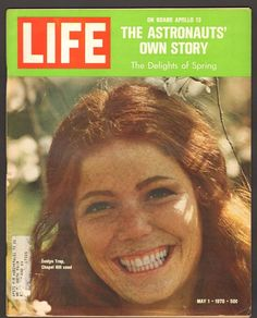 Life Magazine May 1 1970 Evelyn Trop Chapel Hill Coed Astronauts Story Apollo 13 News Magazines, Vintage Magazines, Vintage Ads, Life Magazine, Apollo 13 Astronauts, Apollo Space Program, Life Cover, London Girls, Denim Branding