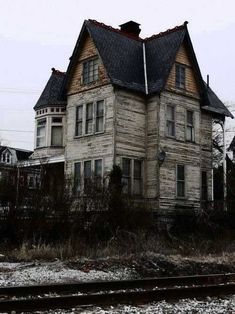 70 Abandoned Old Buildings. left alone to die 70 Abandoned Old Buildings. left alone to die The post 70 Abandoned Old Buildings. left alone to die appeared first on Building ideas. Abandoned Buildings, Abandoned Property, Old Abandoned Houses, Old Buildings, Abandoned Places, Old Houses, Abandoned Castles, Spooky Places, Haunted Places