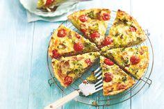Broccoli in de bonus - Recept - Broccolitonijntaart - Allerhande Beer Recipes, Snack Recipes, Cooking Recipes, Oven Dishes, Fish Dishes, Healthy Diners, Pesco Vegetarian, Pasta, Food Facts