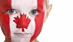 A kid with face paint of the Canadian flag standing portrait. Canada North, Canada 150, Canada Day Crafts, Flag Face, Canada Holiday, Summer Fair, Flags Of The World, Wedding With Kids