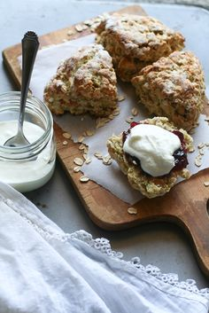 Scottish Apricot Scones / Apricot Oat Scone