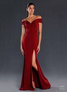 JX003 - Latest in the Jadore range of stunning dresses.