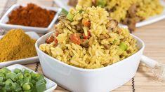 Reissalat mit Curry Pulver, Apfel, Annanas, Joghurt, Paprika
