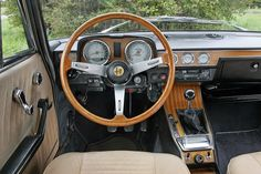 Interior - '74 Alfa Romeo 2000 Berlina