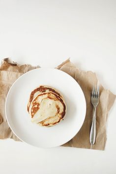no link to know for sure, but i am imagining a banana & egg pancake + a thin slice of pear