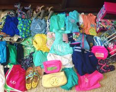 "blondehairandpearls: ""pinkandgreenlivingthedream: ""Trying to pack for spring break is becoming such a struggle """