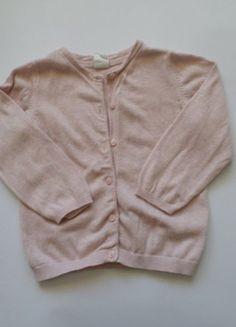 Kaufe meinen Artikel bei #Mamikreisel http://www.mamikreisel.de/kleidung-fur-madchen/strickjackchen-und-sweatjacken/39856212-rosa-strickjacke-von-hm