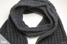 Home Crafts Men's knit scarf: classic chic - free instructions Mens Knitted Scarf, Scarf Knit, Knitting Scarves, Knitting Patterns, Crochet Patterns, Classic Chic, Handicraft, Shawl, Free Pattern