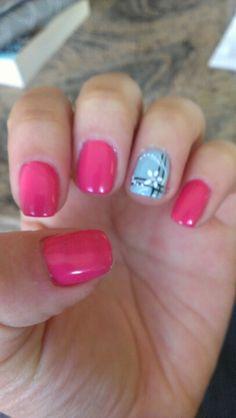 Shelack gel nails pink with flower