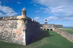 Travel, Vacation and Holiday Guide to the island of Puerto Rico in the Caribbean.