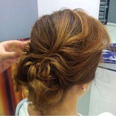 Recogido para ocasiones especiales.  #blue01stylist #recogido #peinados #peluqueria #peluq… http://ift.tt/1PQn250