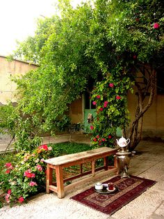Tea in Iran Iran Pictures, Persian Architecture, Persian Garden, Persian Culture, Iranian Art, Traditional House, Garden Bridge, Garden Design, Beautiful Places