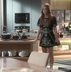 Look da Eliza dia 28 de janeiro na novela Totalmente Demais (8 imagens) - blog Moda de Novela