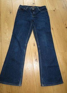 A vendre sur #vintedfrance ! http://www.vinted.fr/mode-femmes/jeans/15797460-jean-brut-ralph-lauren-t36