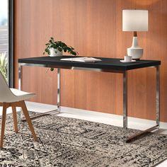 Вы думаете о том, чтобы добавить в свой дом классический черный стол? Столы можно использовать по разным причинам: от работы до серфинга в сети и даже чтения книги. Стол, который вы выберете для своего дома, должен соответствовать общей эстетике комнаты и быть удобным мес� Contemporary Desk, Set Of Drawers, Decor, All Modern, Furniture, Office Furniture Modern, Modern Desk, Home Decor, Desk