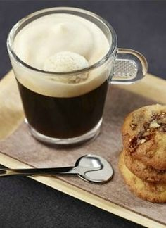 Vanilla Hot and Cold Espresso | A rich Nespresso coffee with classical cool dessert flavors. Click here for the coffee and cookie combination recipe.