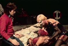 Behind the Scenes- Peter Hinwood Tim Curry