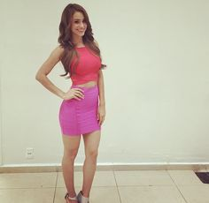 Tight pink skirt