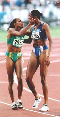 Marie-Jose Perec ( France ) & Cathy Freeman ( Australia ) 1996 & 2000 Olympic 400 mt champions respectively