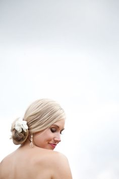 Photography: VUE Photography - vuephotographyonline.com Coordinator: It\'s A Shore Thing - www.itsashorething.net  Read More: http://www.stylemepretty.com/2011/01/06/florida-destination-wedding-by-vue-photography/