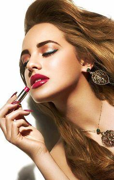Benjamin Becker beauty makeup lips nails fashion magazine cover diana germany's next topmodel gntm lipstick