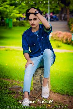 Shivam Yadav's media statistics and analytics Blur Background In Photoshop, Blur Background Photography, Studio Background Images, Picsart Background, Photo Pose For Man, Cute Boy Photo, Best Free Lightroom Presets, Lightroom Presets For Portraits, Best Poses For Boys