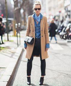 look-inverno-sobretudo-caramelo-skinny-jeans-street-style