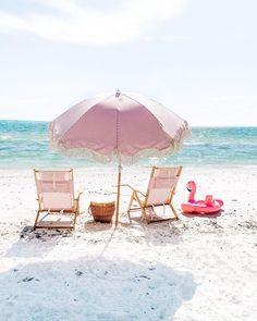 Pool Chairs, Beach Chairs, Outdoor Chairs, Lounge Chairs, Outdoor Swimming Pool, Swimming Pools, China Beach, Folding Beach Chair, Beach Games