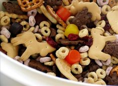 Jungle Gems Snack Mix...so easy, cheerios, animal crackers, pretzels, teddy grahams, fruit snacks. Must bring this along for my littles!