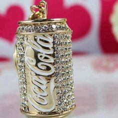 Coca Cola with Bling drink gold special diamonds coke can bling cola promotion Coca Cola Can, Always Coca Cola, Cola Dose, Coke Cans, Most Expensive, All That Glitters, Steam Punk, Swagg, Bling Bling