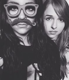 Jennxpenn and Andrea Russet if only Zoella Sugg was in this picture all my favorite girl Youtubers would be here!(: