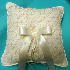 Organza Wedding Ring Pattern Pillow
