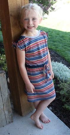 Easy cap sleeves tutorials with numerous variations. Project Run and Play: Sewing Friends: Marnae from the Powell Family