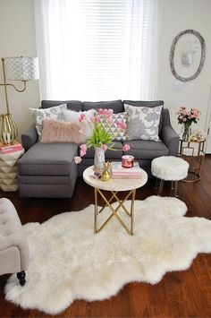 Ideas para aprovechar al máximo una sala pequeña http://comoorganizarlacasa.com/ideas-aprovechar-al-maximo-una-sala-pequena/ #comodecorarlasala #decortips #Decoraciondesalas #Homedecor #Ideasparaaprovecharalmáximounasalapequeña#Ideasparalasala #livingroomdecor #Salas #Salasdeestar - #decoracion #homedecor #muebles