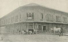 Old Manila Post Office Location: Escolta Manila Philippines Wayback Philippines Culture, Manila Philippines, Vintage Pictures, Vintage Images, Filipiniana, Pinoy, Post Office, Historical Photos, Old Photos