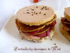Mille-feuilles de foie gras, magret fumé et pommes fondantes
