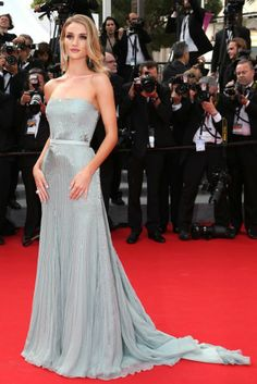 Rosie Huntington-Whiteley in a graceful Gucci Premiére gown.