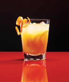 Bourbon Ginger Snap Punch | Get the recipe: http://www.realsimple.com/food-recipes/browse-all-recipes/bourbon-ginger-snap-00000000047351/index.html