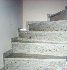 Gestalten Sie Ihr Zuhause schlicht und dezent mit unsere #Juparana #Bianco #Granit #Treppen. http://www.granit-deutschland.net/granit-treppen