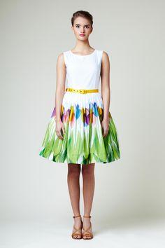 Kleid mit Blumen Druck // dress with floral print by Mrs.Pomeranz via DaWanda.com