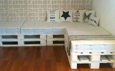 Cómo Elaborar Un Sofá Con Palets.  Muchas veces, con las casas más insospechables puedes elaborar muebles verdaderamente utilices y con un costo muy económico. En esta oportunidad, te voy a enseñar cómo elaborar un sofá con palets. De una forma fácil ... Ver más aquí: https://decoracionsalas.com/elaborar-sofa-palets/