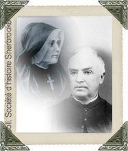 SŒUR ST-LOUIS DE GONZAGUE (1837-1895) ABBÉ JEAN-BAPTISTE CHARTIER (1832-1917)    Chacun à leur manière, sœur St-Louis de Gonzague et le curé Chartier ont contribué de façon très significative au développement de Coaticook. Alors que sœur St-Louis devient la première directrice du couvent des Soeurs de la Présentation de Marie à Coaticook en 1870, le curé Chartier se démarque par ses qualités d'entrepreneur.