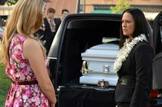 Ali and Mona's mom #5X14