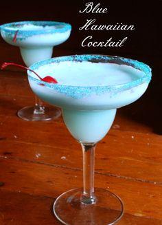 Blue Hawaiian Cocktail Recipe - Blue Hawaiian Cocktail Recipe… think of it as a creamy, blue pina colada! Blue Hawaiian Cocktail, Hawaiian Cocktails, Summer Cocktails, Cocktail Drinks, Cocktail Recipes, Sweet Cocktails, Classic Cocktails, Liquor Drinks, Alcoholic Drinks