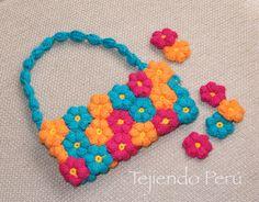 Paso a paso: bolso con mollie flowers tejidas a crochet! English subtitles video: crochet mollie flowers purse!