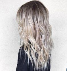 ❤️shadowed root blonde by Habit stylist @hairbypris