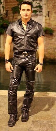 d43110ee70f27c 137 Great Men in Leather Pants images